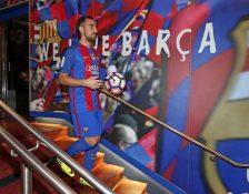 Hari Pertama Paco Alcácer Berseragam Blaugrana